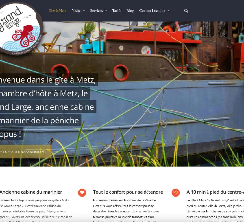 Contribution au projet 3d2lux – chambre-peniche.fr, chambre d'hôte sur péniche à Metz